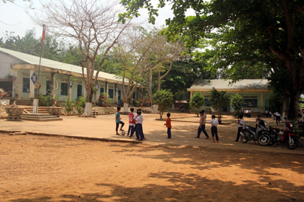 Đường đến án tù chung thân của thầy giáo nghiện 'phim đen' ở Quảng Nam