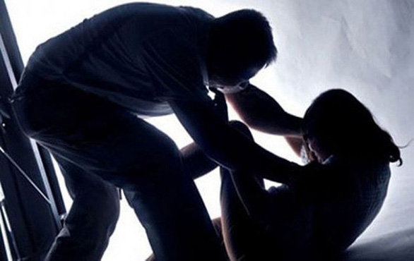 """Đắng lòng Nam thanh niên bị """"vợ 13 tuổi"""" tố cáo hiếp dâm"""
